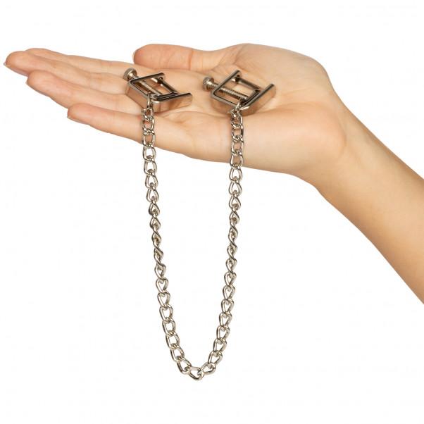 Spartacus Press Brystklemmer med Kæde billede af emballagen 50