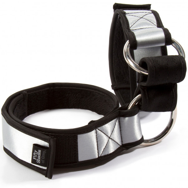 Fifty Shades of Grey Promise to Obey Arm Restraint Set  2