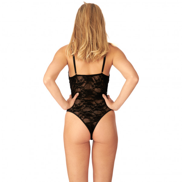 Nortie Liv Bundløs Blonde Body produkt på model 3