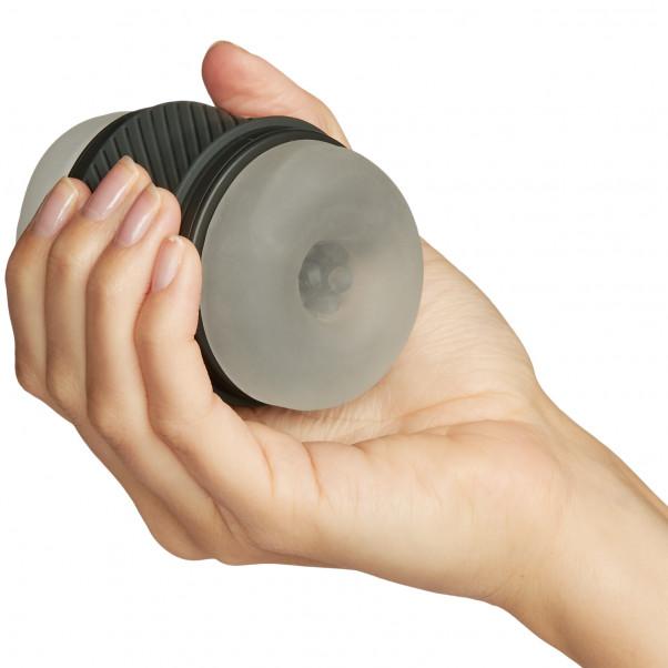 B Swish Bthrilled Premium Wand Vibrator håndbillede 50